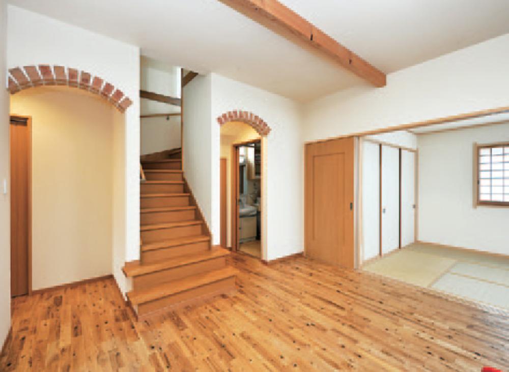 仁・幸夢店の施工事例、自然素材を活かした新居