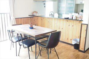 無垢材のキッチンカウンター