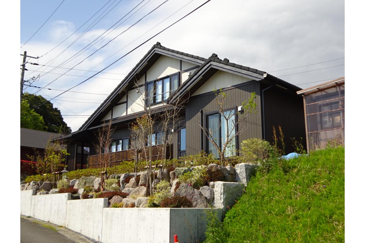 仁・幸夢店のJINの家、外観